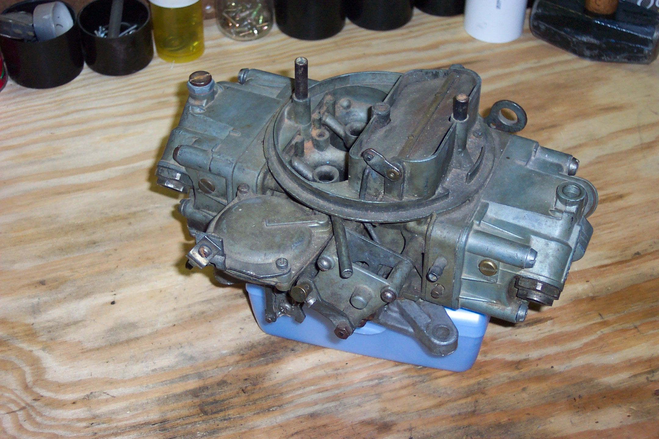 Holley on Olds 350 Engine Carb